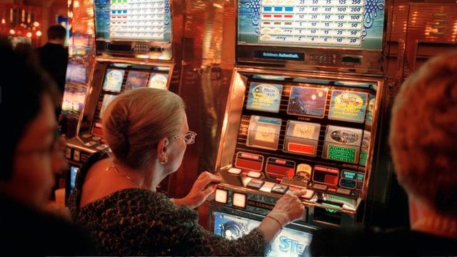 Spieler in einem Casino.