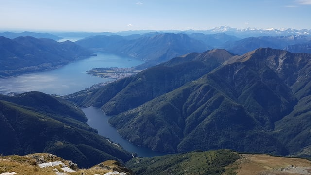 Blick über den Lago Maggiore.