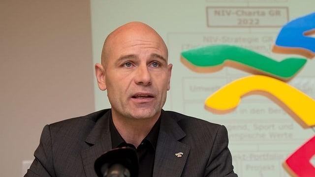 Tourismusforscher Jürg Stettler untersucht den Tourismus in Luzern. (Archivbild)