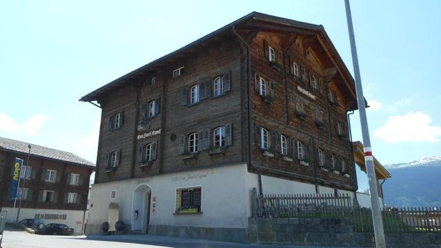 Video «Casa Fausta Capaul in Breil/Brigels - Tag 4» abspielen