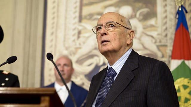 Napolitano bei der Pressekonferenz