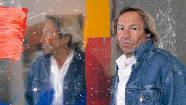 Der US-amerikanische Künstler Robert Rauschenberg vor einem seiner Werke in seiner Ausstellung Works in der Galerie Jamileh Weber, Zürich, 7. Juni 1991.