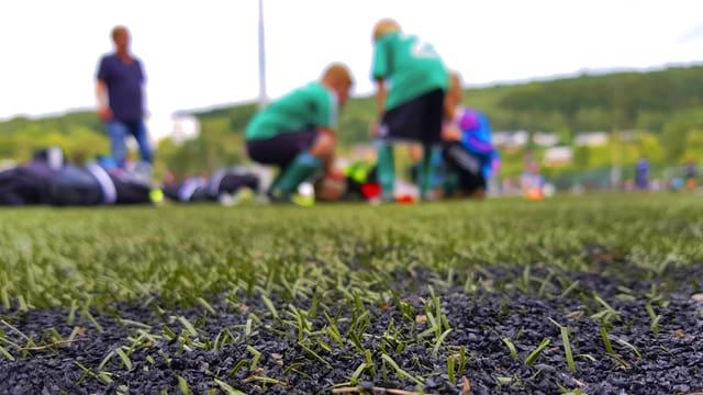 Symbolbild: Jugendliche Fussballer.