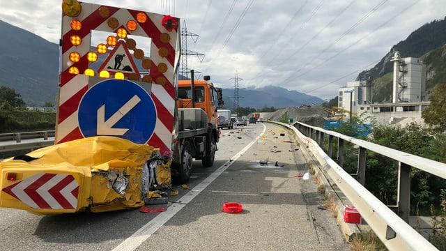 lieu d'accident, vehichel donnegià sin l'autostrada