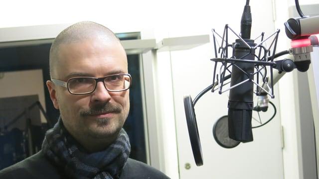 Komponist Stephan Hodel im Studio.