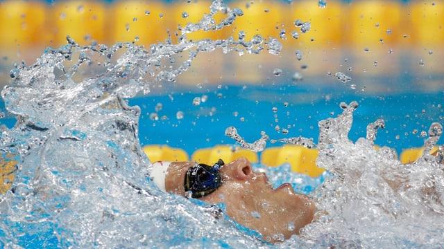 Liu Xiang im Schwimmbecken