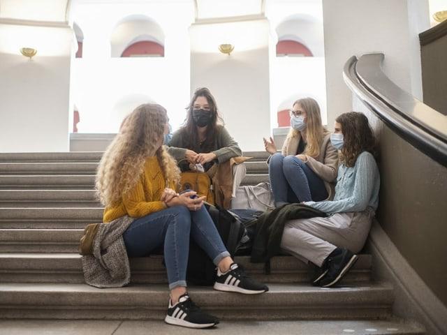 Studentinnen an der Universität Zürich.