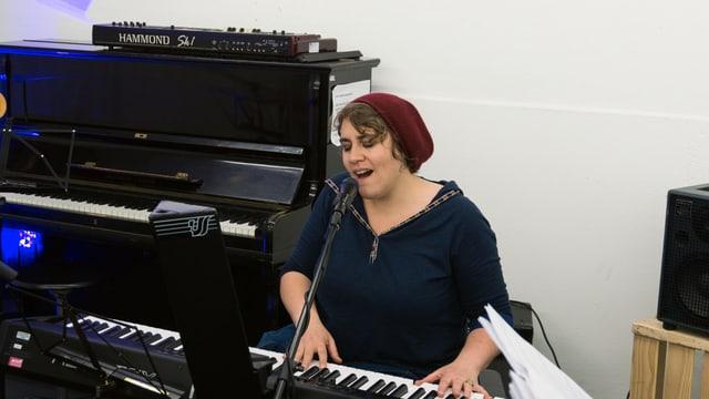 Astrid Alexandre chanta sia chanzun «veta»