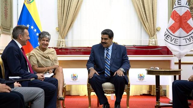 Nicolás Maduro mit IKRK-Präsident Peter Maurer