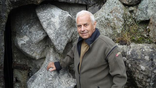 Hans Stäbler il vicepresident da l'uniun da Fortezzas istoricas Val Alvra.