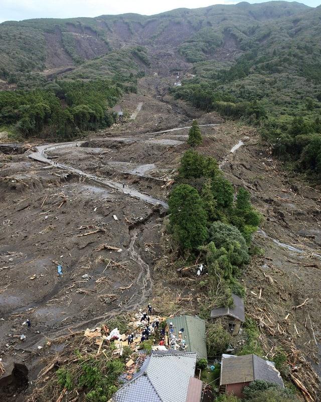 Erdrutsch in Oshima auf der Halbinsel Izu.
