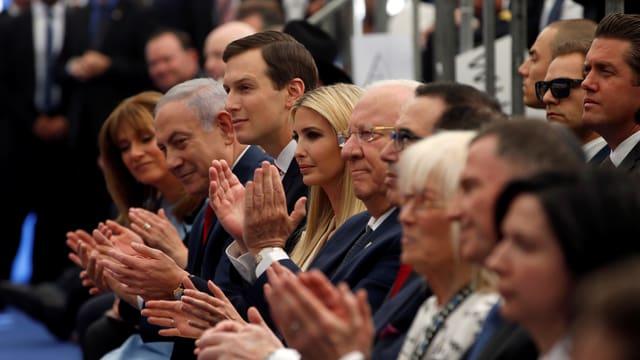 Netanjahu, Ivanka Trump und Kushner bei Eröffnung am Klatschen