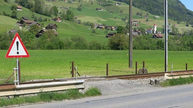 ein ungesicherter Bahnübergang in Wolfenschiessen