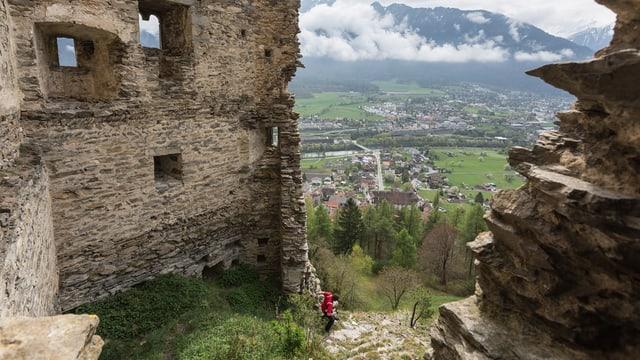 Ina ruina sur Haldenstein.