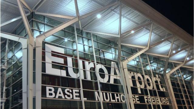 Eingangsbereich des Flughafens