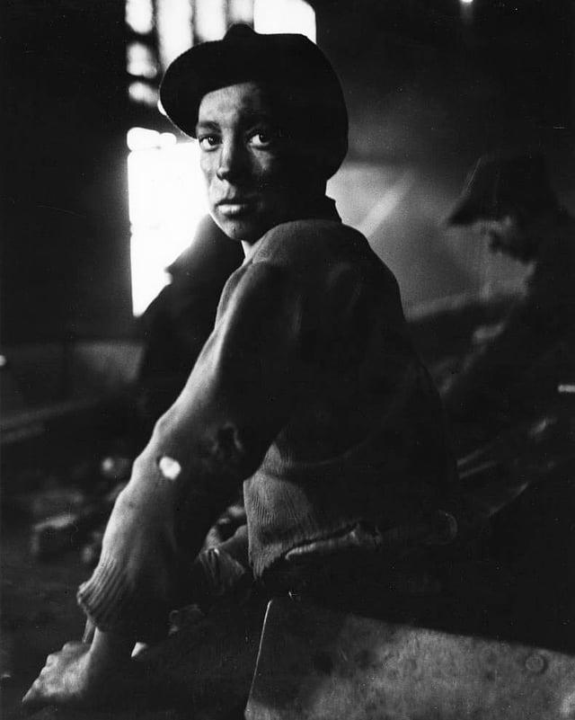 Sohn eines italienischen Grubenarbeiters, Belgien, 1953.