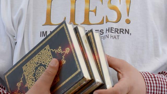 Koran-Verteilung.
