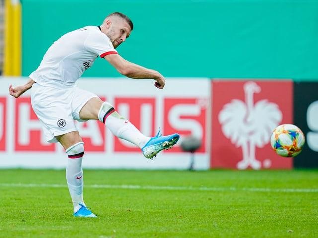 Ante Rebic wechselt zur AC Milan.