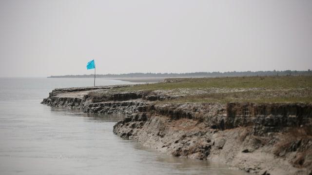 Eine Schluff-Insel im Flussdelta