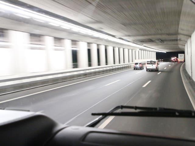 Die Reise geht von Winterthur nach Flamatt. Das Ziel: wir wollen Ruedi in den Stau begleiten.