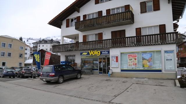 Il Volg a Vella, in dals 3 negozis administrai da la ViVal Lumnezia.