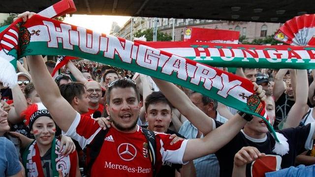 Fans da l'Ungaria.