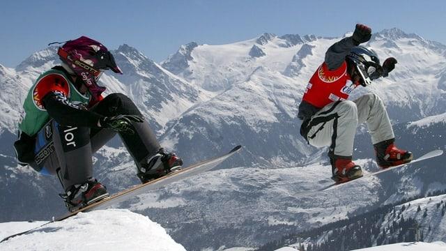 Snow Cross Sportler bei Disentis