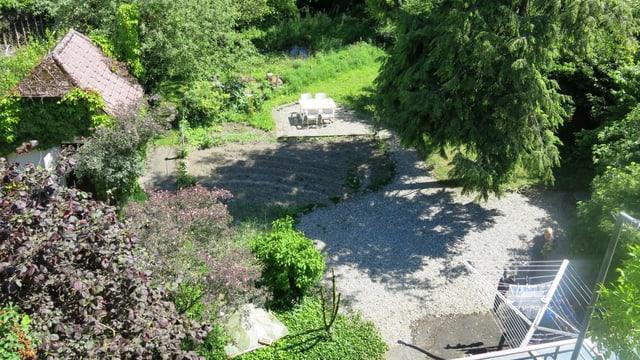 Blick in den Garten von oben