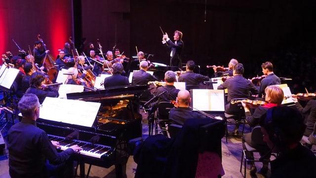 Das Orchester bei einem Auftritt.