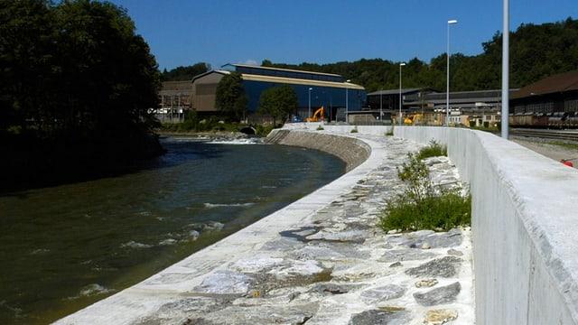 Hochwasserschutzmauern in Emmen