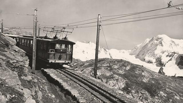 Ein Zug der Gornergratbahn
