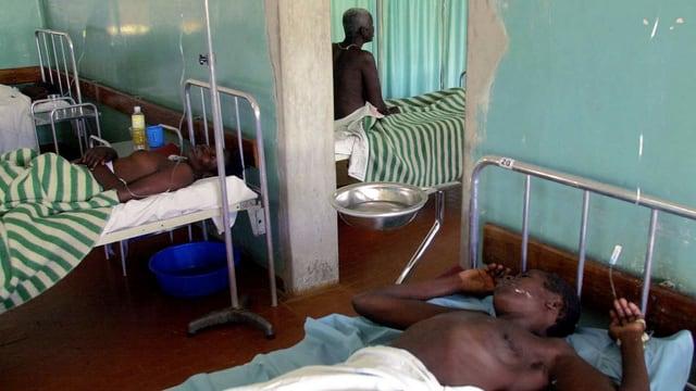 Blick in eine Krankenstation in Uganda