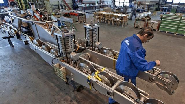 Produktion beim Seilbahnhersteller Garaventa Goldau (SZ)
