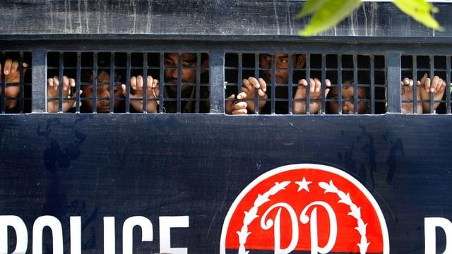 Gefangene in Pakistan.