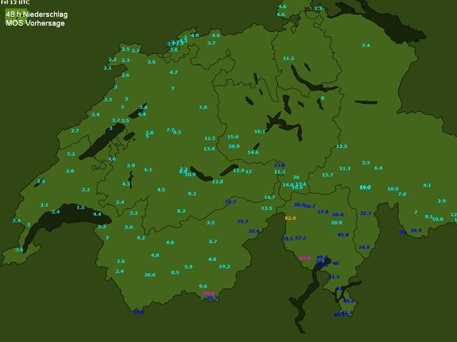 Auf einer Schweizkarte ist die voraussichtliche Niederschlagssumme als Zahl für Schweizer Orte eingetragen (48 Stundensumme bis Freitagmittag).
