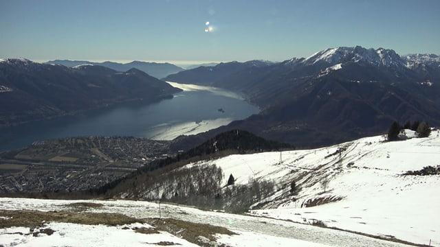 Blick von der Cimetta auf den Lago Maggiore