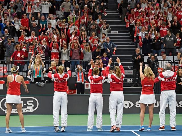 Das Schweizer Fed-Cup-Team muss ohne Bencic und Vögele in die USA reisen.
