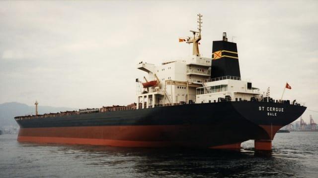 Il bastiment da transport St. Cergue, Bale, fotografà il december 1985.