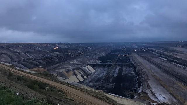 Mondlandschaften des Kohletagebaus.