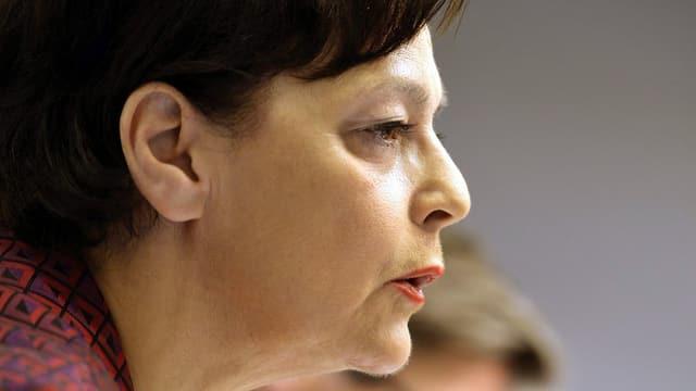 Die Zürcher Regierungsrätin Ursula Gut im Profil aufgenommen
