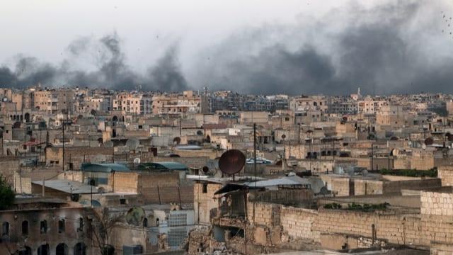 Rauch über Aleppo (Bild vom 29. April 2016)