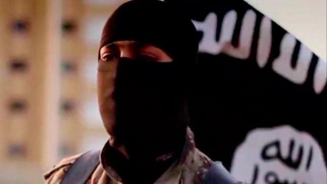 In cumbattant da la gruppa da terrur Stadi islamic.