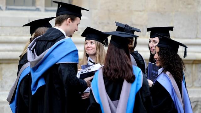 Oxford-Studierende bei der Abschlussfeier.