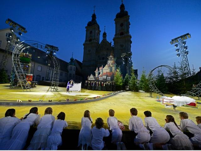 Szene aus «Loreley» der St.Galler Festspiele im Klosterbezirk.