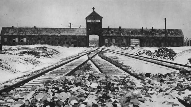Bahnschienen Vernichtungslager Auschwitz-Birkenau