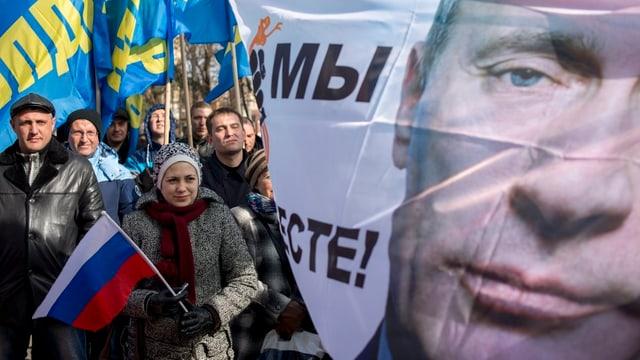 Am 16. März 2016 feierten Russland-treue Bewohner der Krim den Jahrestag des Referendums.