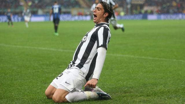 Alessandro Matri bejubelt den Treffer zum 2:1.