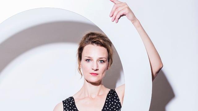 Portrait von Franziska Schutzbach