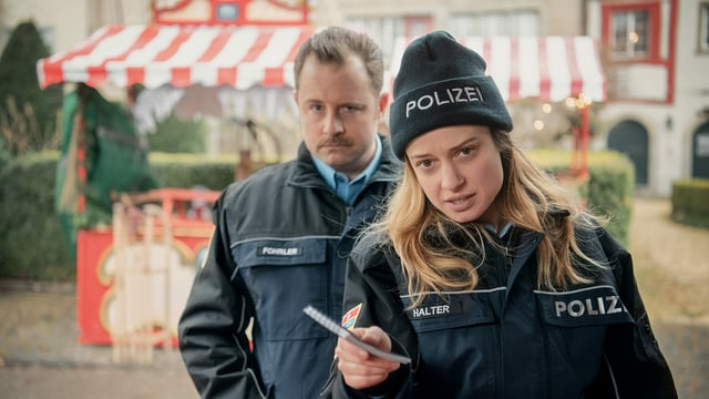 Lara Stoll und Gabriel Vetter in «Advent, Advent»