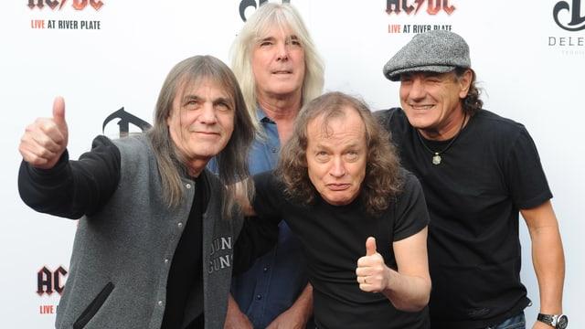 Die Bandmitglieder von AC/DC